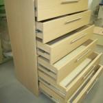 šešių stalčių prieškambario komoda su kokybiškais pilno ištraukimo bėgeliais