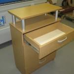 2 stalčių svetainės šviesiai ruda komoda