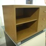 3 stalčių biuro komoda su reguliuojama lentyna