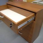 5 stalčių biuro komodos viršutinis stalčius su spynele