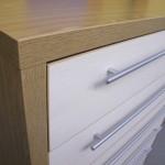6 stalčių svetainės komodos storintas šonas ir storintas komodos viršus