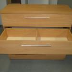 antras virtuvės 4 stalčių komodos stalčius su pertvara
