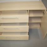 biuro komoda su trim lentynom už komodos durelių