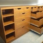 dešimties stalčių svetainės komoda su kokybiškais guoliniais bėgeliais