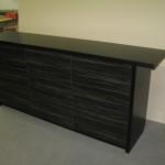 devynetos stalčių juodos spalvos miegamojo komoda