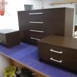 dvi dviejų stalčių svetainės komodos