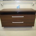 dviejų stalčių pailga svetainės komoda