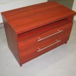 dviejų stalčių su lentyna pailga miegamojo komoda