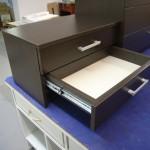 dviejų stalčių svetainės komoda
