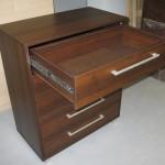 penkių stalčių biuro komoda su kokybiškais bėgeliais