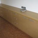 ruda 9 stalčių ir 5 durelių miegamojo komoda