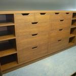 svetainės komoda su 8 atviromis lentynomis