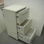 trijų stalčių prieškambario komoda su kokybiškais bėgeliais