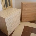 dvi 4 ir 5 stalčių akcijinės miegamojo komodos